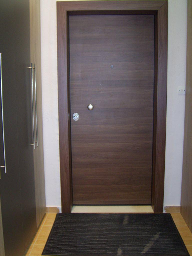 Θωρακισμένη πόρτα Λάρισα